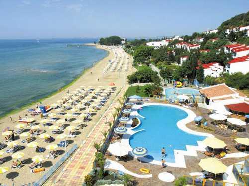 Например, стоимость отдыха на дней в популярном отеле с высокими оценками туристов начинается от рублей в июле