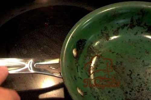 Пригорает сковорода