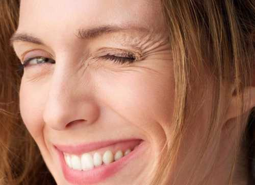 Как избавиться от морщин на лице в домашних условиях: массаж, пилинг, маски