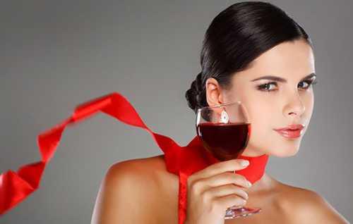 Польза белого винограда, возможный вред, кому