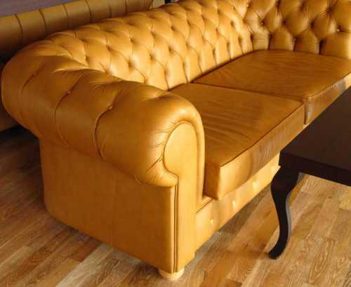 Как очистить диван из ткани, кожаный, замшевый в домашних условиях